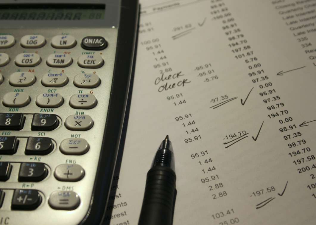 avoid penalties for underpaying estimated taxes